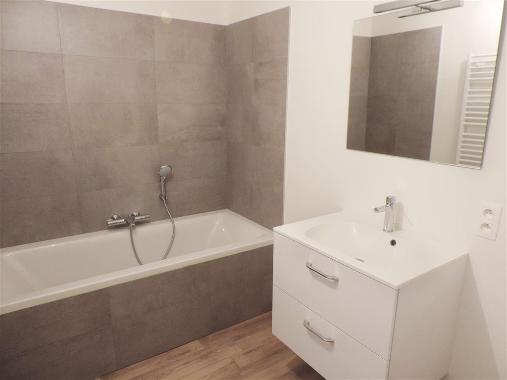 Image 10 : Appartement à 5530 YVOIR (Belgique) - Prix 312.000 €