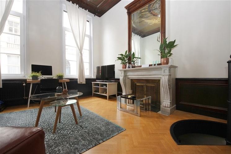 Prachtig appartement in gerenoveerde herenwoning gelegen hartje Gent!