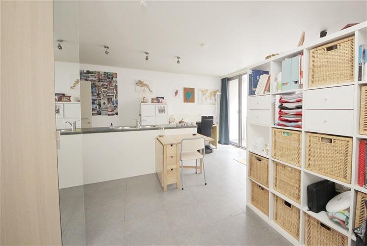 Instapklare studio aan het shopping van Gent-Zuid!