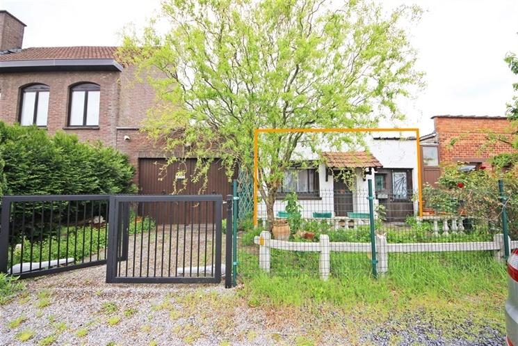 te renoveren woning op perceel van 269 m² in Wondelgem
