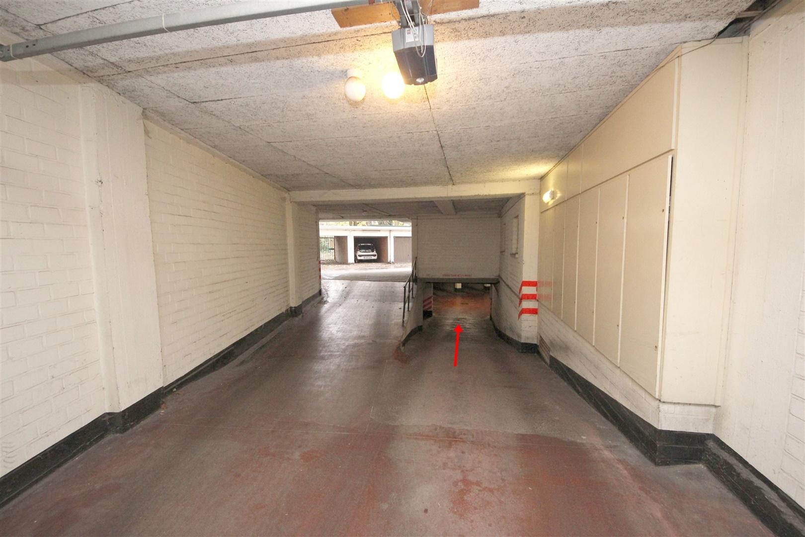 Ondergrondse garagebox nabij station Gent-Sint-Pieters
