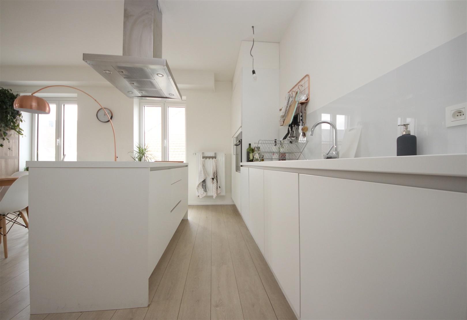 Prachtig gerenoveerd appartement met 2 slaapkamers én 2 badkamers