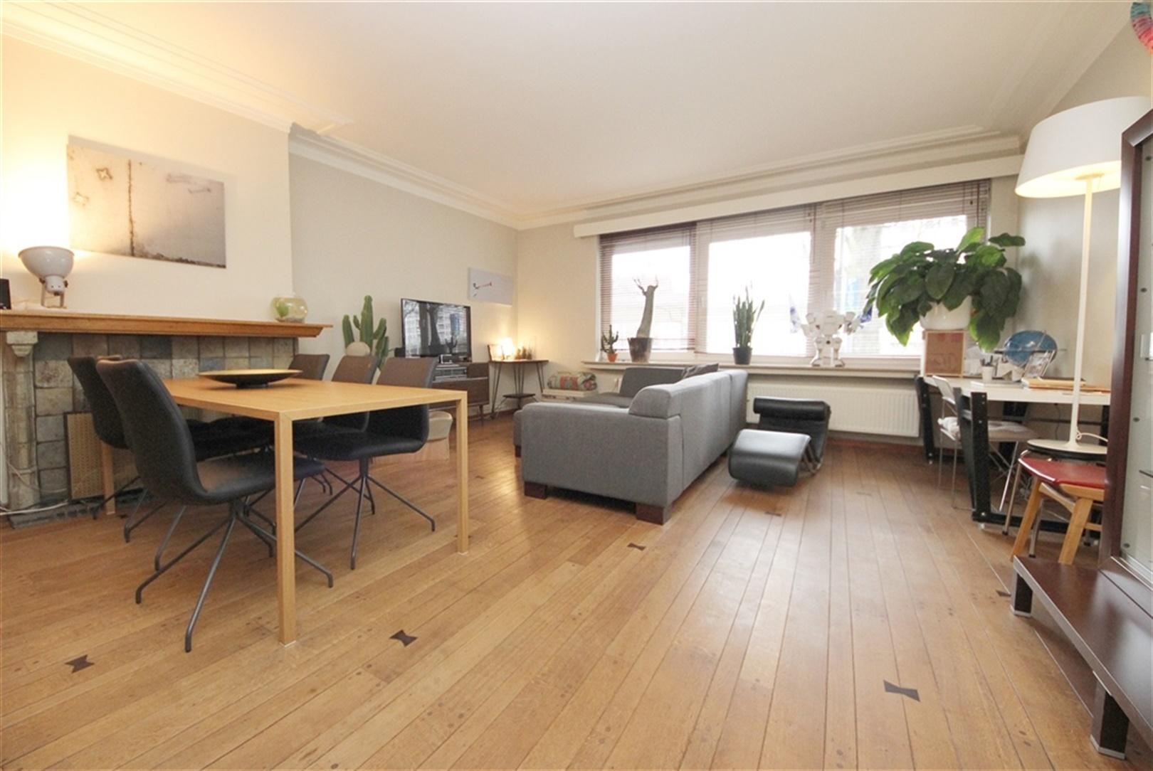Aangenaam drie-slaapkamer appartement nabij het Zuidpark!
