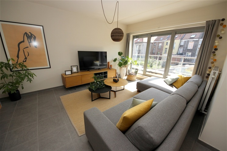 Prachtig 2-slaapkamer appartement met ondergrondse autostaanplaats
