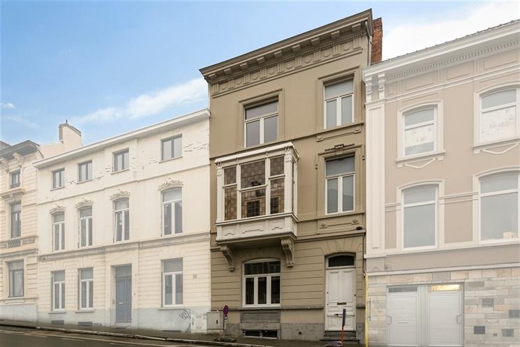 Karaktervolle en ruime burgerwoning op een top locatie in Gent