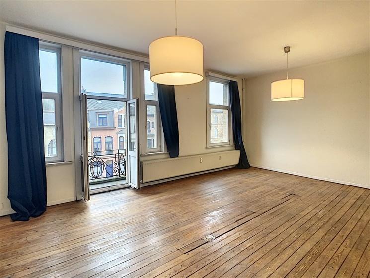 Charmant appartement nabij Station Gent-Sint-Pieters!