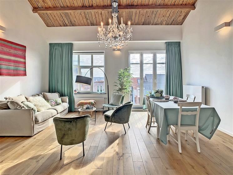 Charmant appartement met terras nabij Sint Michielsbrug in centrum Gent