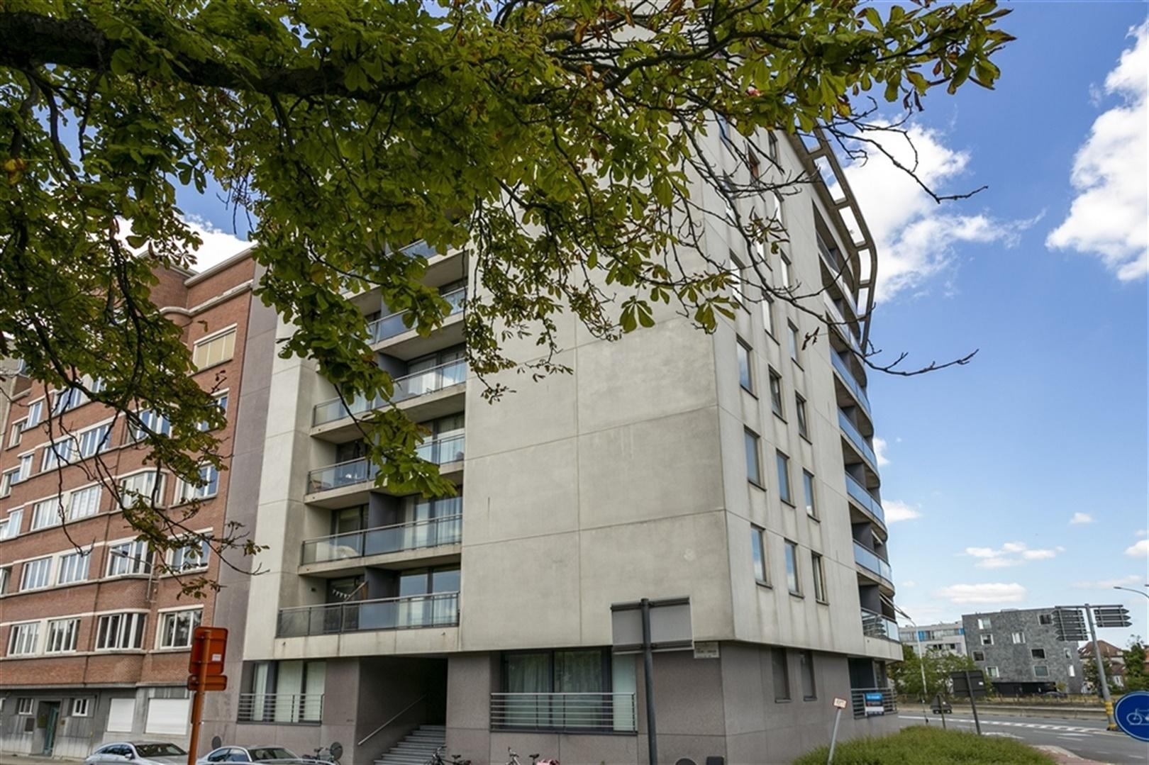 Lichtrijk, instapklaar 2 slaapkamer appartement aan het Zuid
