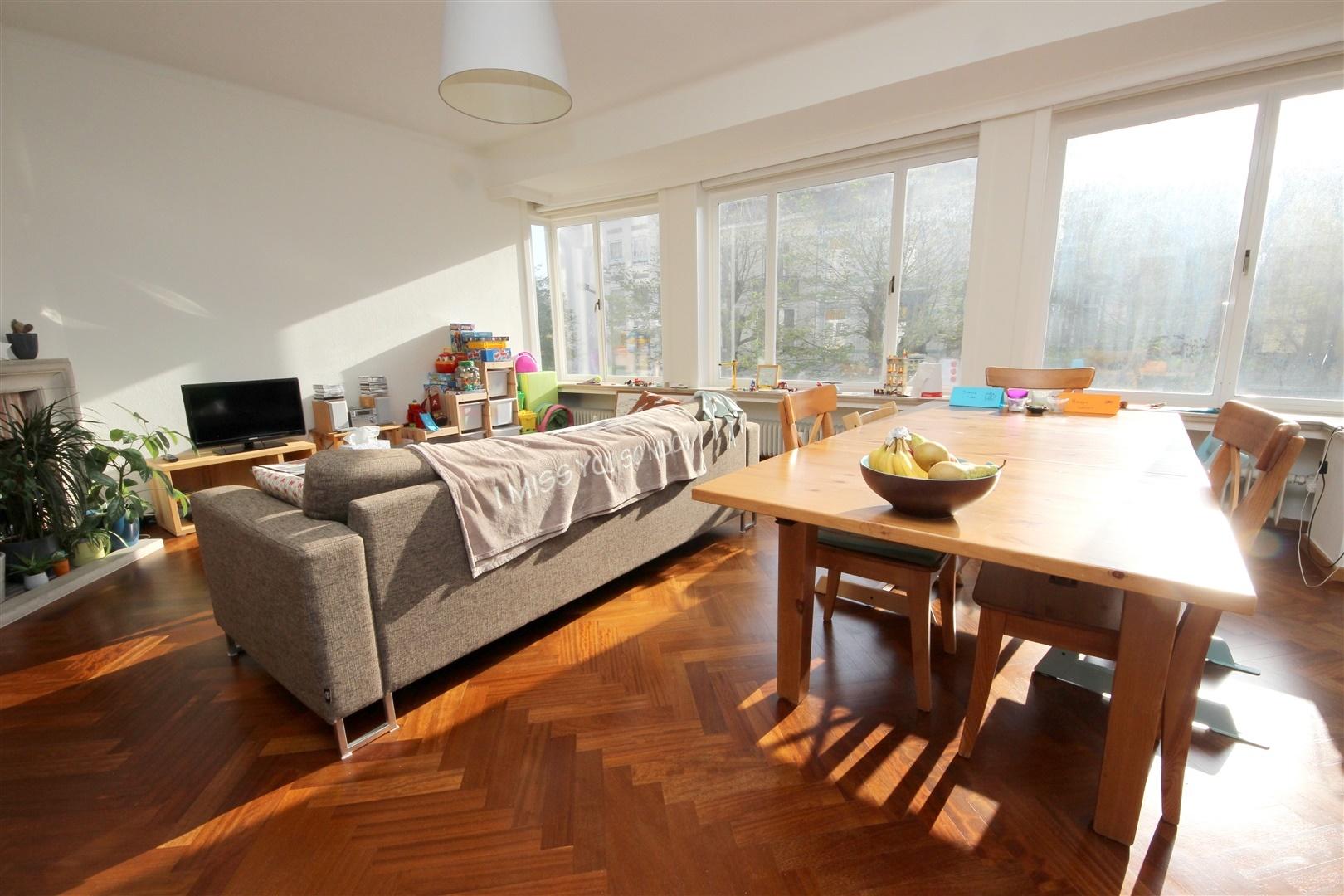 Zonnig 2-slaapkamer appartement met zicht op het Muinkpark