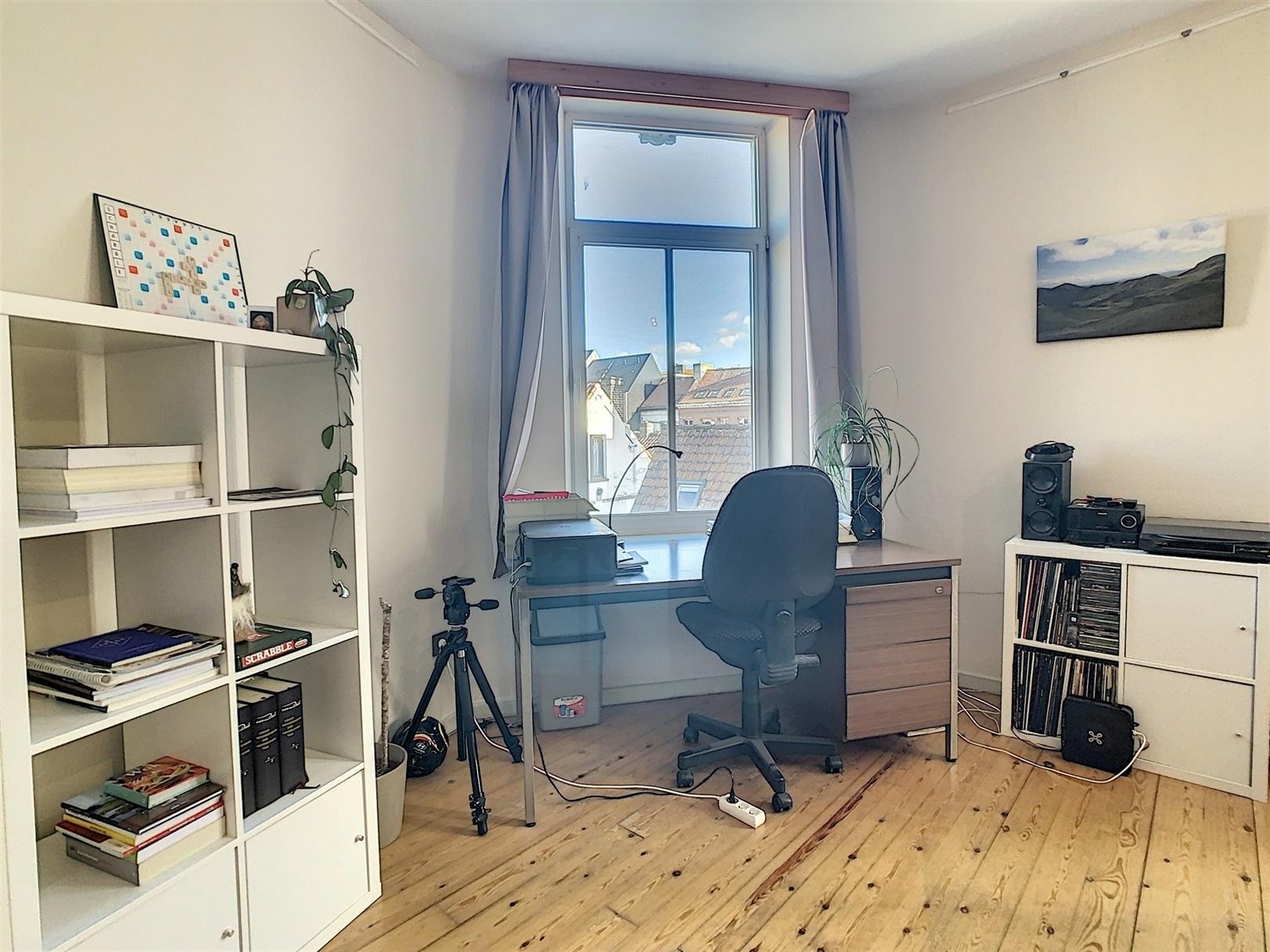 Lichtrijk éénslaapkamer appartement in centrum Gent!