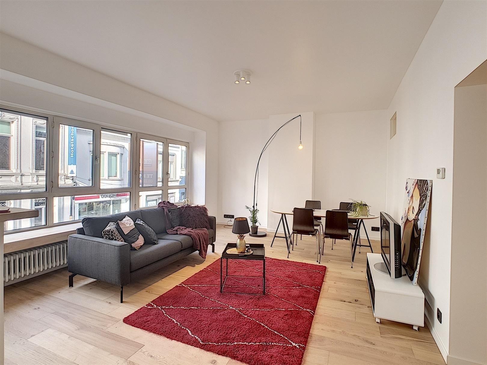 Gerenoveerd en instapklaar appartement in centrum Gent!