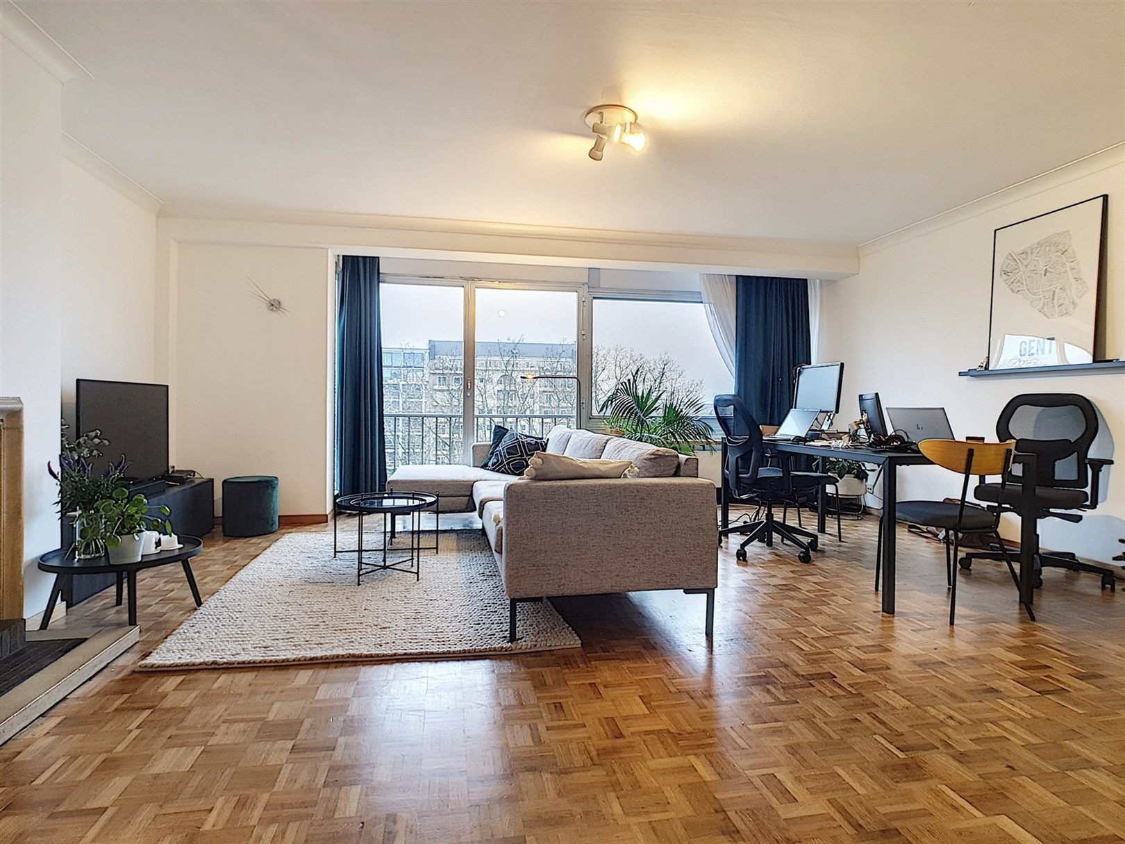 Lichtrijk 2-slaapkamer appartement aan het Zuidpark