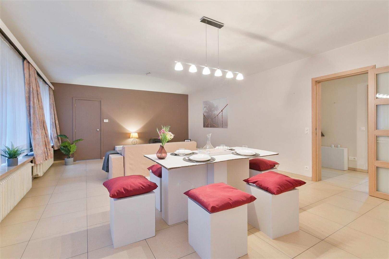 Lichtrijk appartement met 3 slaapkamers in centrum Gent
