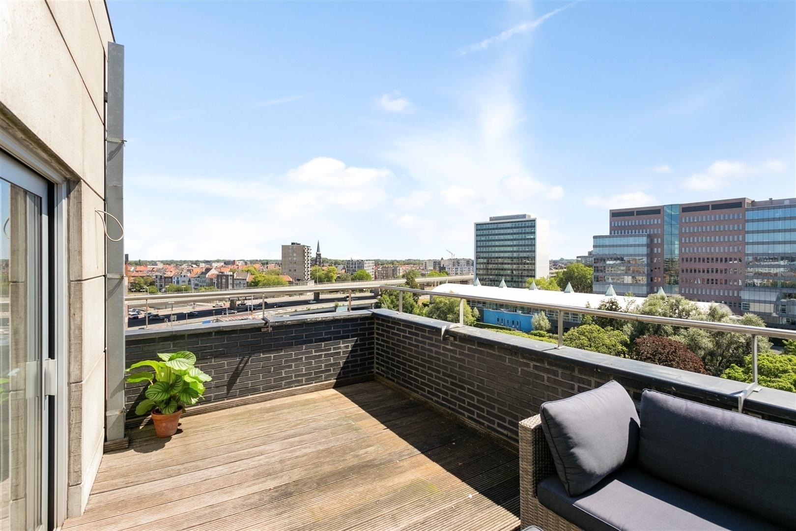 Modern appartement met terras en prachtig uitzicht op Gent
