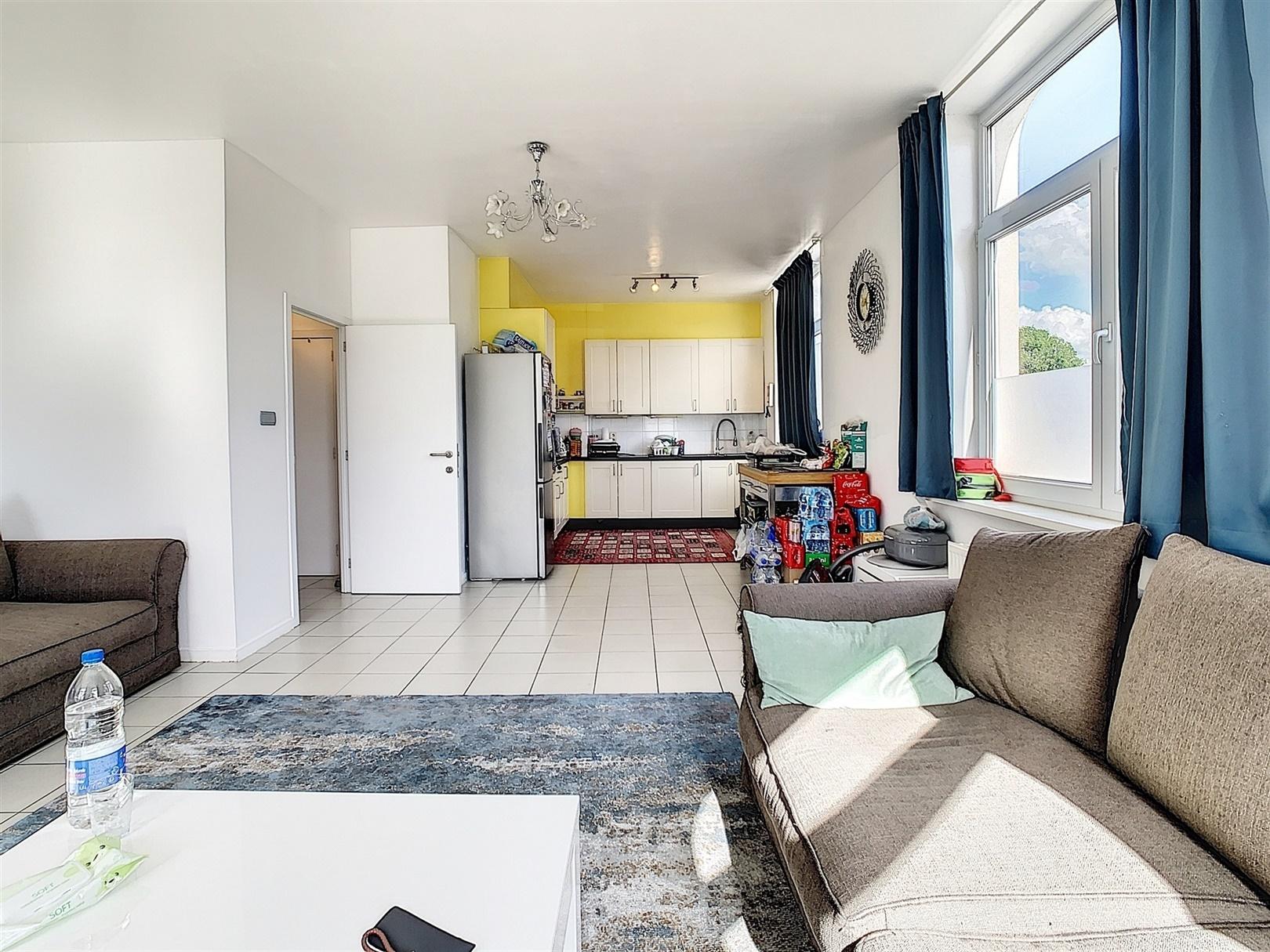 Ruim en lichtrijk appartement met tuin in de rand van Gent